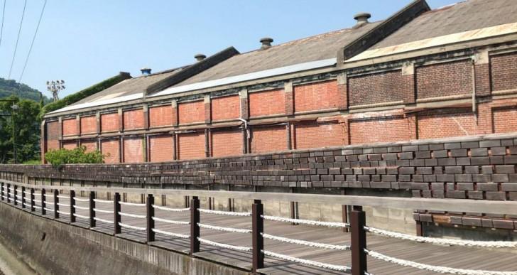 旧東洋紡績赤レンガ倉庫