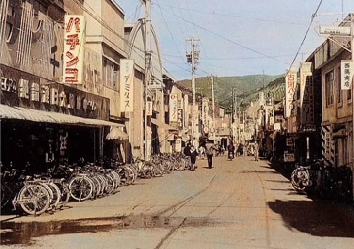 八幡濱レトロ散策ブラハマAR